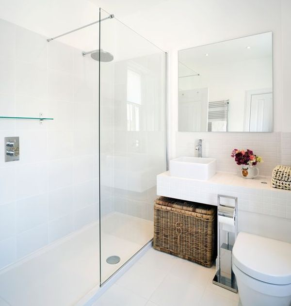maximize small bathroom spaces